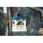 Ptačí krmítko s měděnou střechou