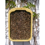 Dom sa slamkami pre včielky samotárky