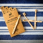 Pandoo Bambusová kefka pre deti Medium Soft 1 ks